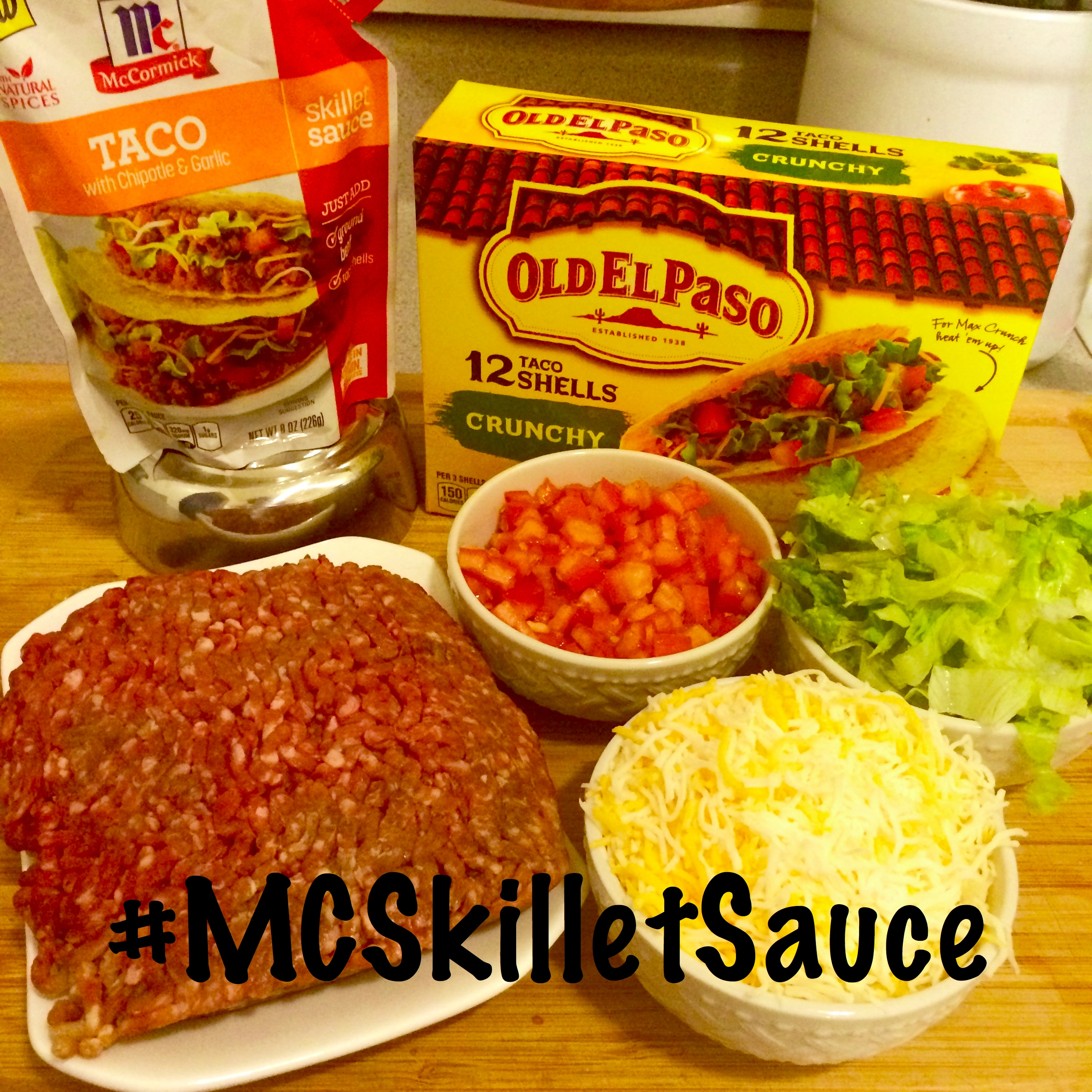 Taco Tuesday! Easy Chipotle & Garlic Tacos with McCormick Skillet Sauces! #MCSkilletSauce