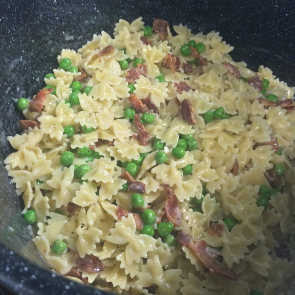 easy 20 minute pasta with bacon and peas recipe
