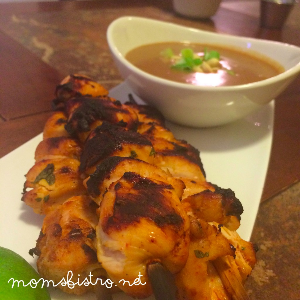 moms bistro kid friendly chicken satay recipe thai panut dipping sauce weeknight meal
