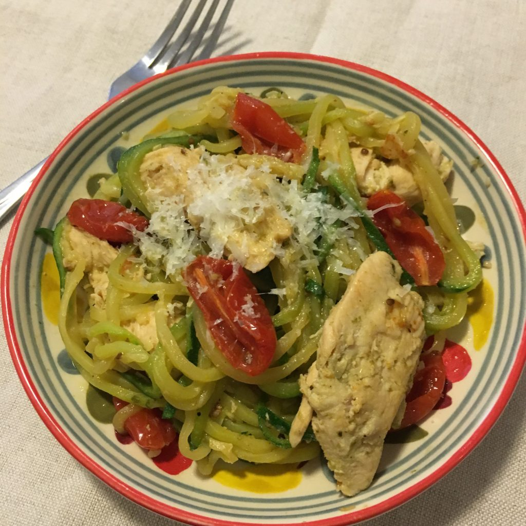 zucchini noodles pesto chicken
